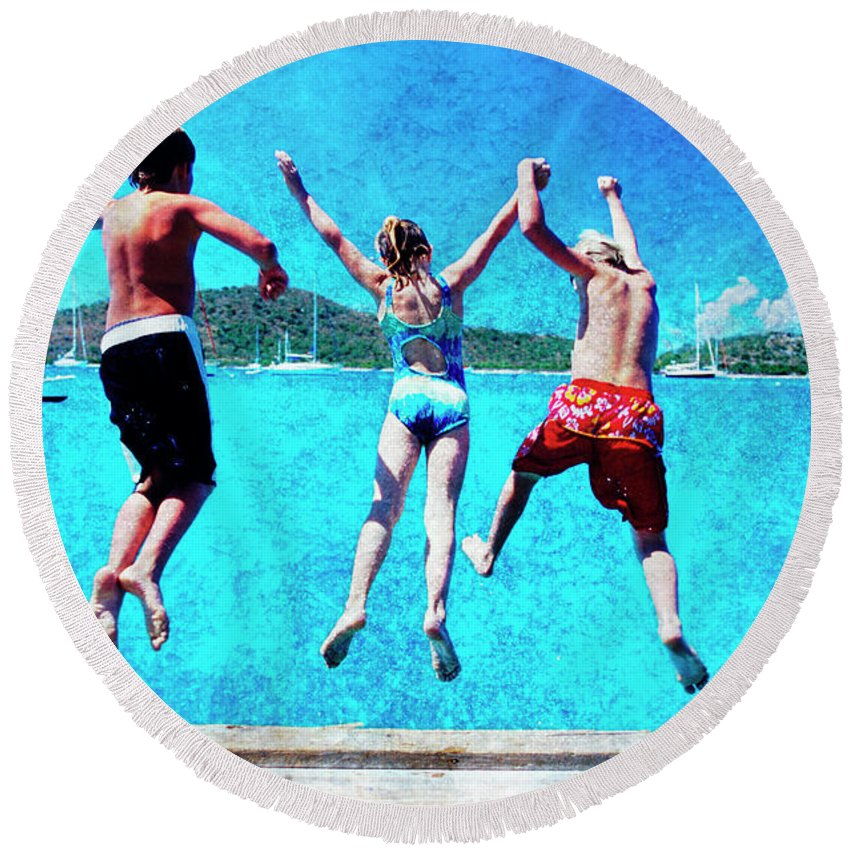 Round Beach Towel featuring the photograph Jump In by Guy Crittenden