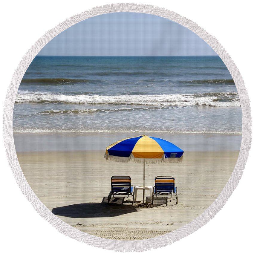 Beach Round Beach Towel featuring the photograph Just The Two Of Us by David Lee Thompson