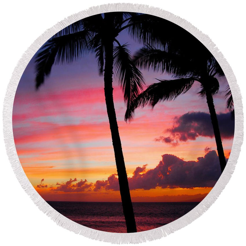 Kaanapali Sunset Round Beach Towel featuring the photograph Kaanapali Sunset Kaanapali Maui Hawaii by Michael Bessler