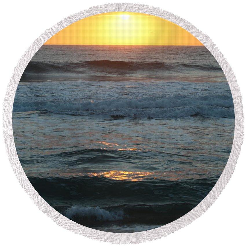 Kauai Round Beach Towel featuring the photograph Kauai Sunrise by Nadine Rippelmeyer
