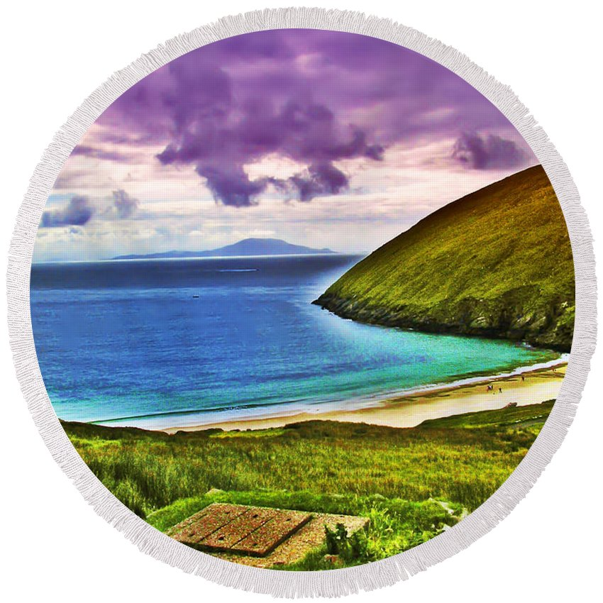 Keem Bay Round Beach Towel featuring the photograph Keem Bay - Ireland by Bill Cannon