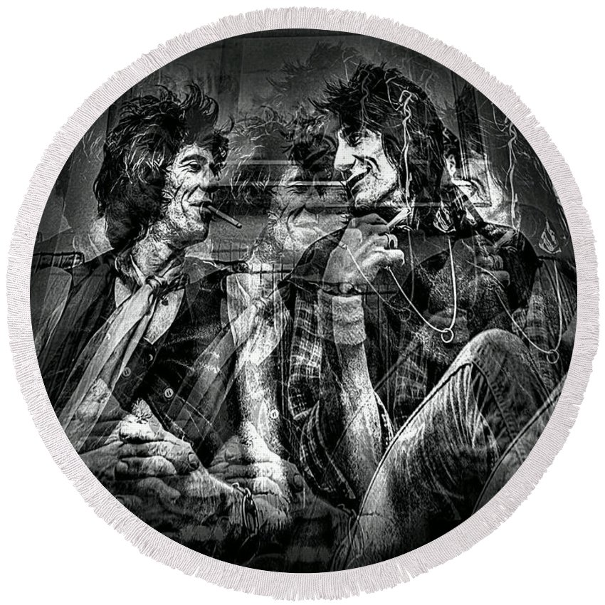 Rolling Stones Round Beach Towel featuring the photograph Keith And Ronnie 2 by Jeff Watts
