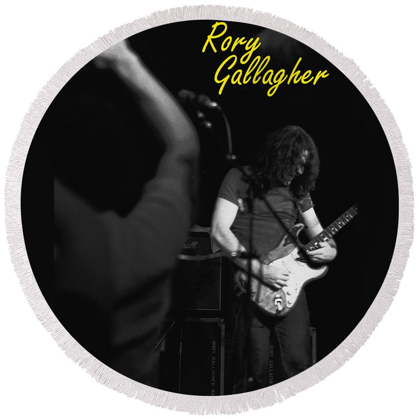 Rory Gallagher Round Beach Towel featuring the photograph Kickback City 2 by Ben Upham