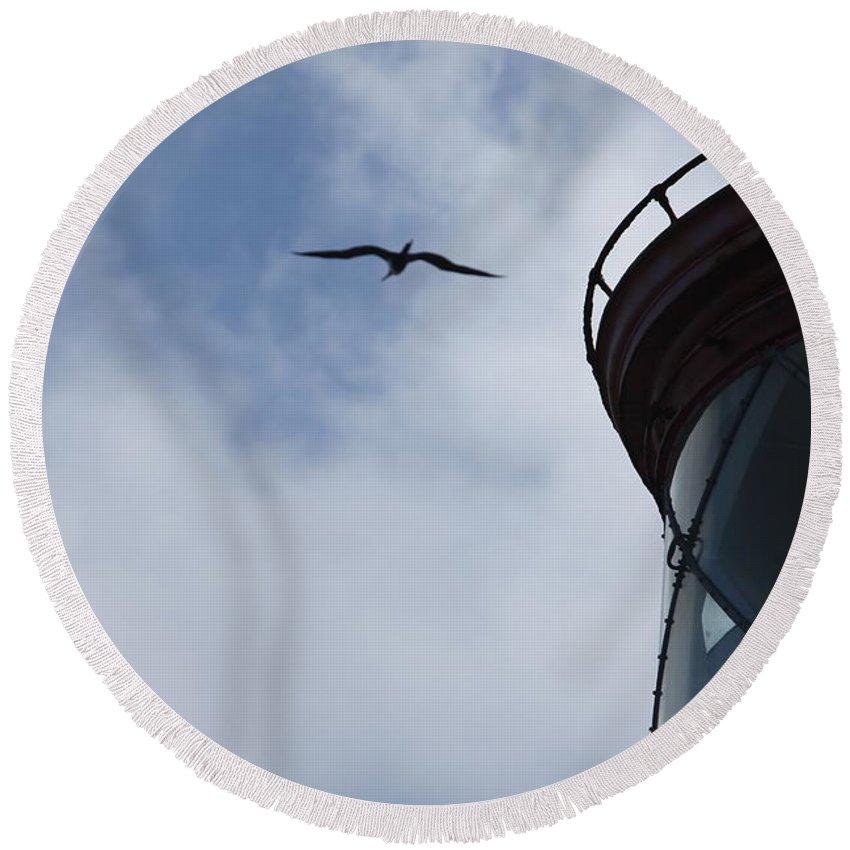 Kilauea Round Beach Towel featuring the photograph Kilauea Lighthouse And Bird by Nadine Rippelmeyer