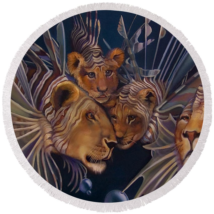 Lion Round Beach Towel featuring the painting Kindred Lionfish by Patrick Anthony Pierson
