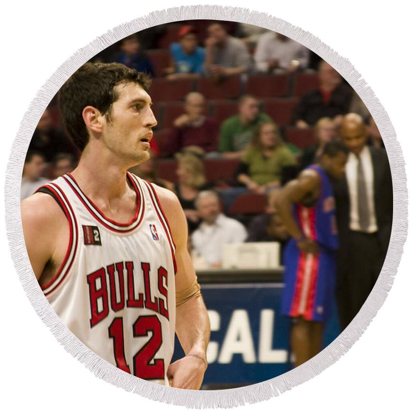Chicago Windy City Bulls Basketball Nba Kirk Hinrich 12 Game United Center Home Round Beach Towel featuring the photograph Kirk Hinrich by Andrei Shliakhau