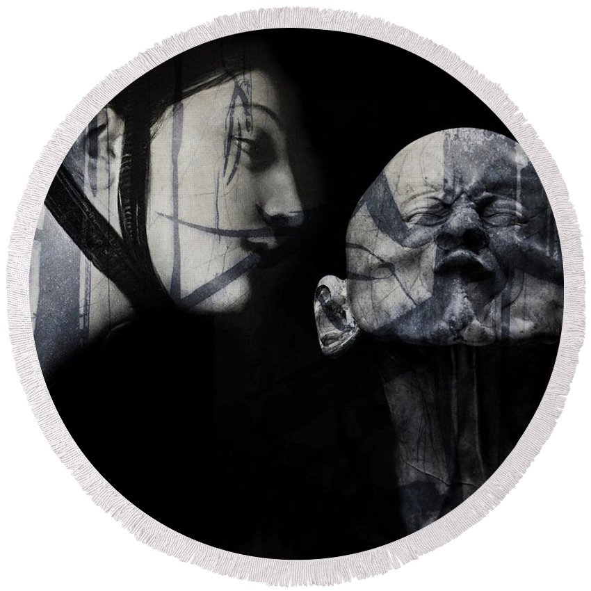 Statue Round Beach Towel featuring the mixed media Kiss Me , Honey , Honey , Kiss Me by Paul Lovering