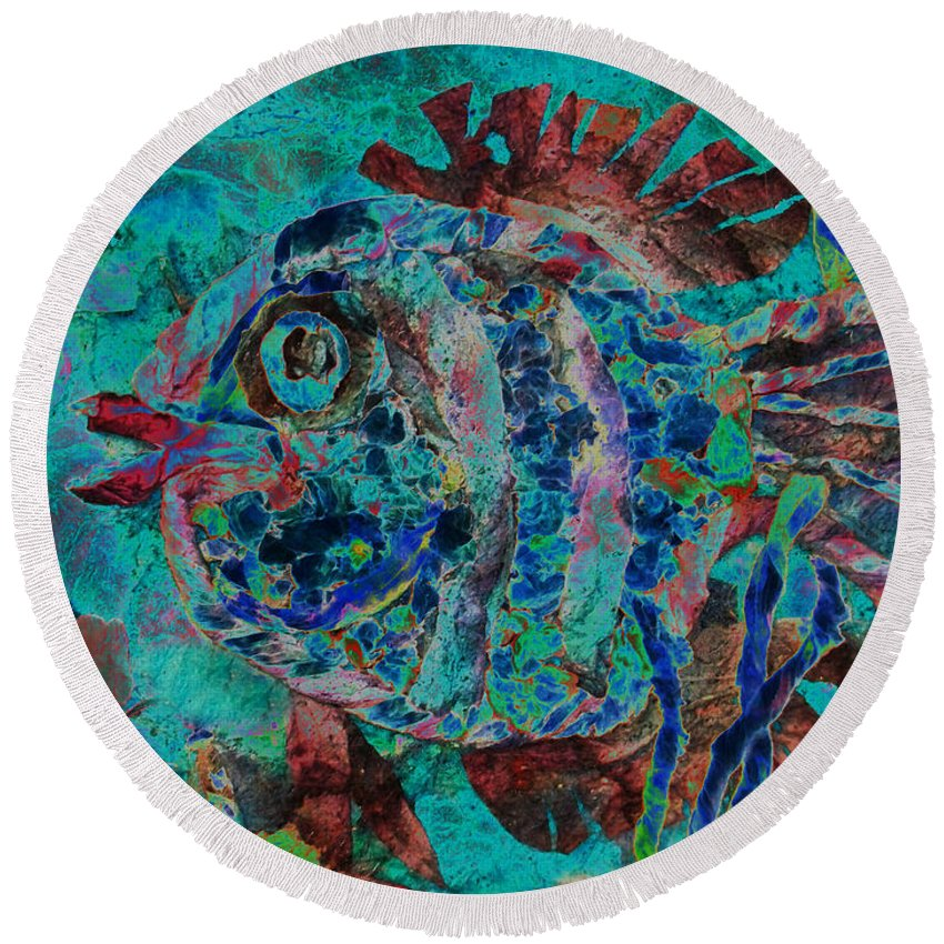 Fish Round Beach Towel featuring the mixed media Kiss Me by Sue Duda