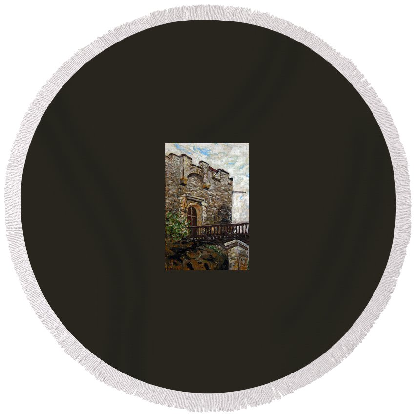 Landscape Round Beach Towel featuring the painting Kokorin by Pablo de Choros