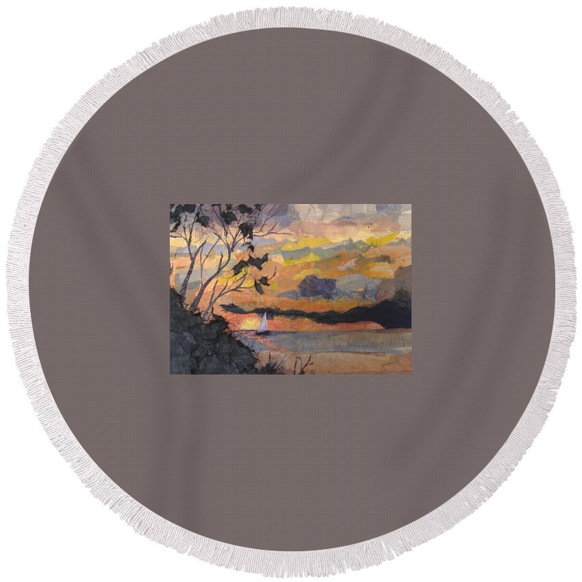 Seascape Round Beach Towel featuring the mixed media Lake Erie Sunset by Pat Snook