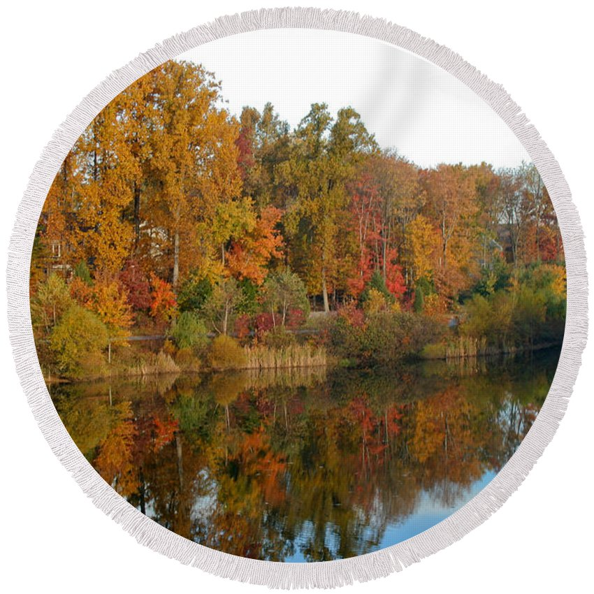 Fall Round Beach Towel featuring the photograph Lake Helene And Fall Foliage by Thomas Marchessault