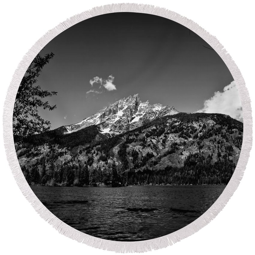 Black And White Round Beach Towel featuring the photograph Lakeside by John K Sampson