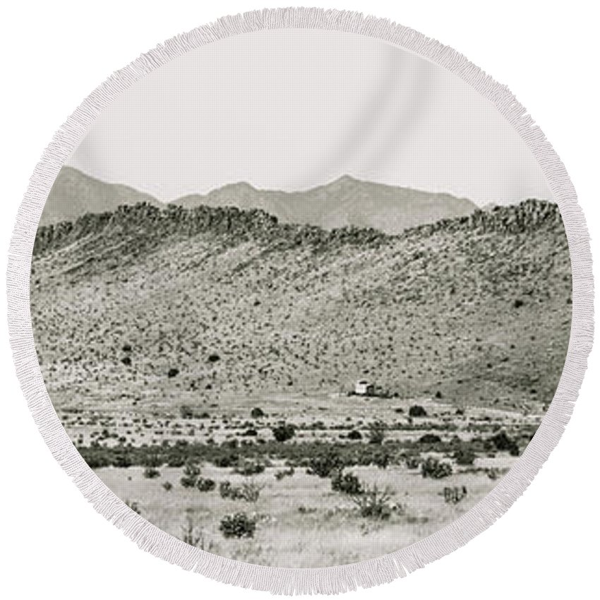 Calisteo Round Beach Towel featuring the photograph Landscape Galisteo Nm I10q by Otri Park