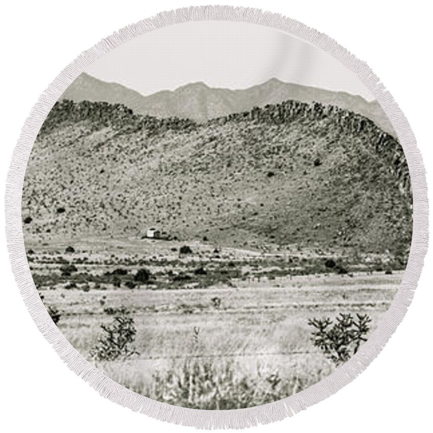 Calisteo Round Beach Towel featuring the photograph Landscape Galisteo Nm I10v by Otri Park