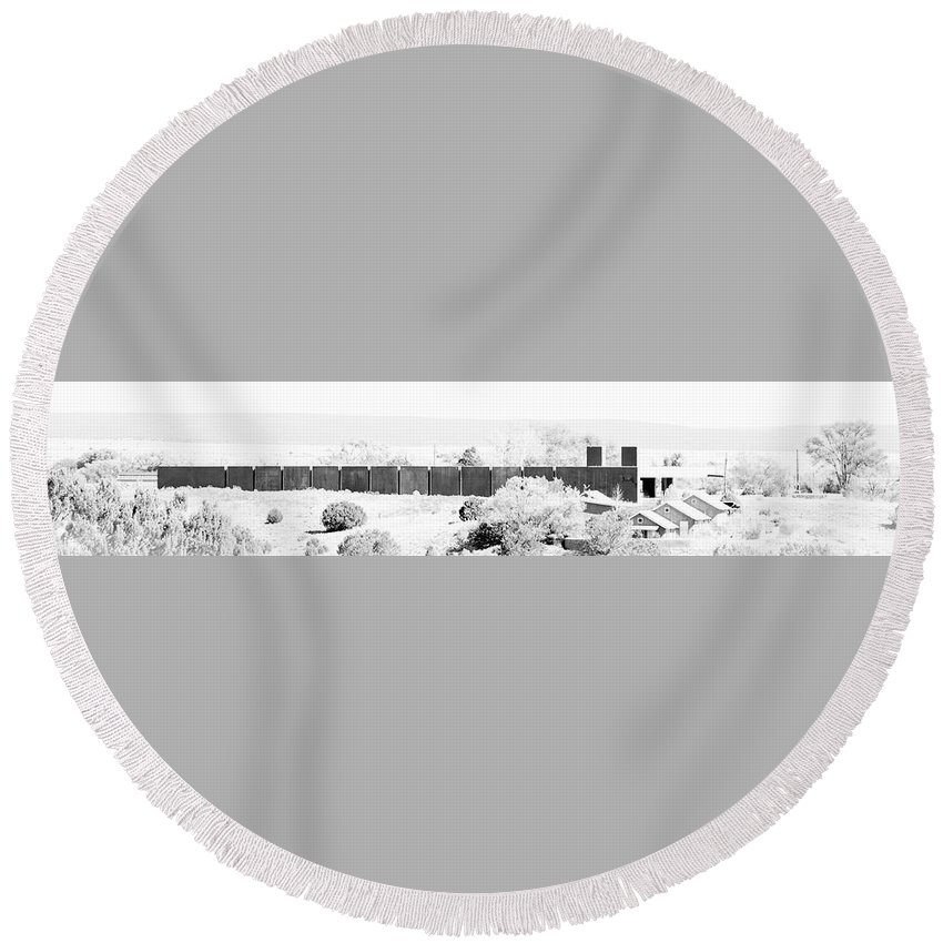 Calisteo Round Beach Towel featuring the photograph Landscape Galisteo Nm J10g by Otri Park