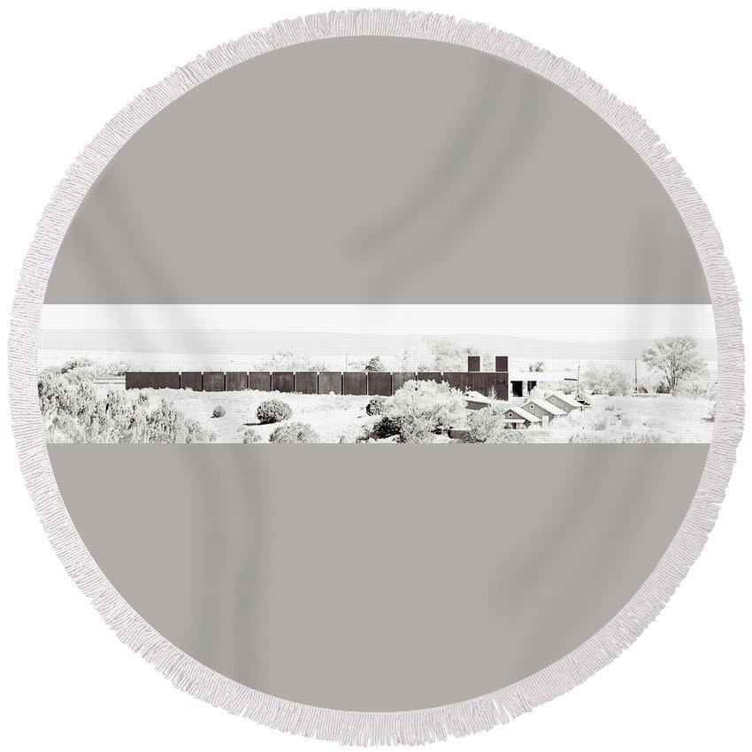 Calisteo Round Beach Towel featuring the photograph Landscape Galisteo Nm J10h by Otri Park