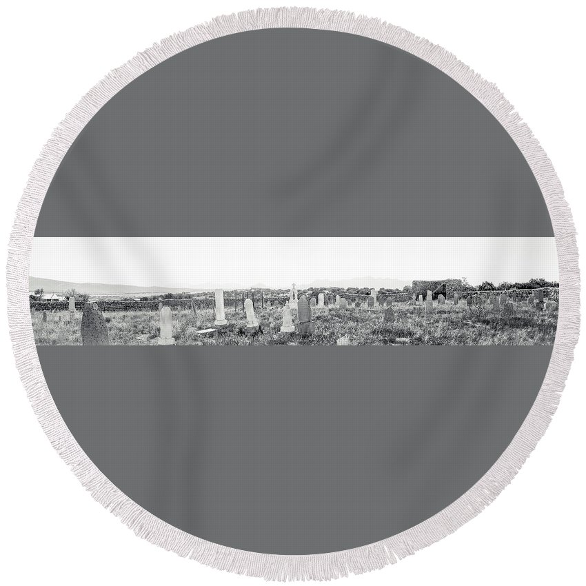 Calisteo Round Beach Towel featuring the photograph Landscape Galisteo Nm K10s by Otri Park