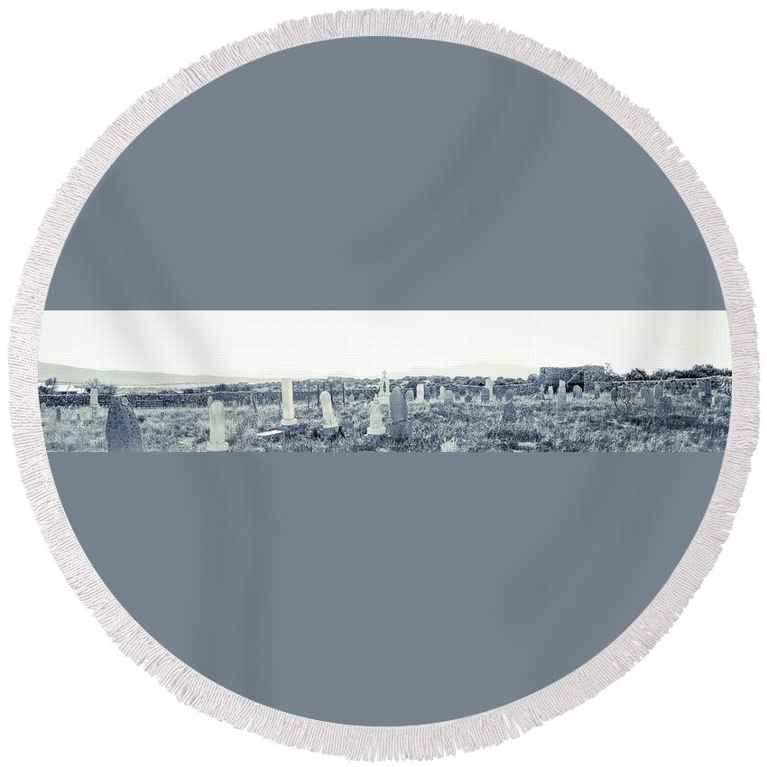 Calisteo Round Beach Towel featuring the photograph Landscape Galisteo Nm K10t by Otri Park