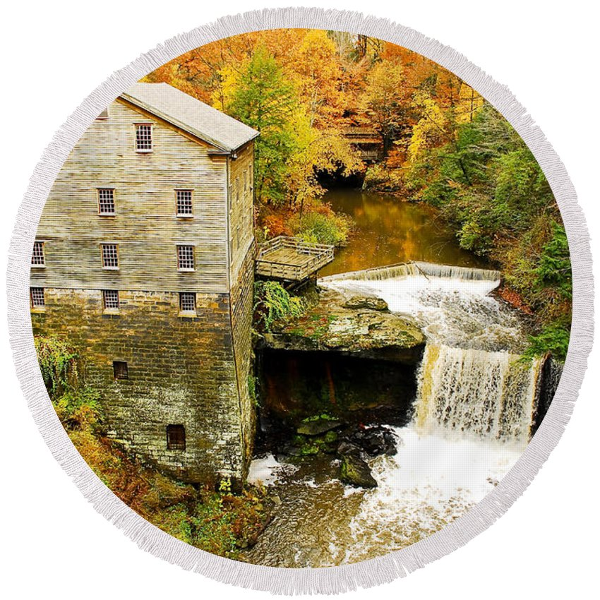 Lantermans Mill Round Beach Towel featuring the photograph Lantermans Mill In Fall by Tony Bazidlo