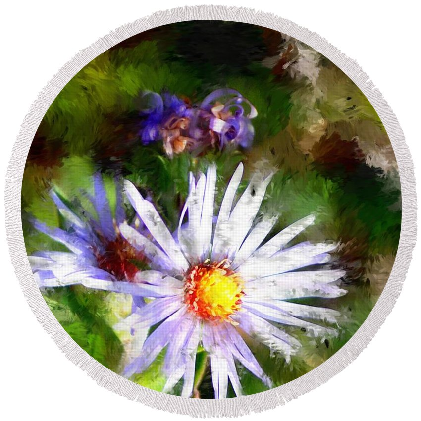 Flower Round Beach Towel featuring the photograph Last Rose Of Summer by David Lane