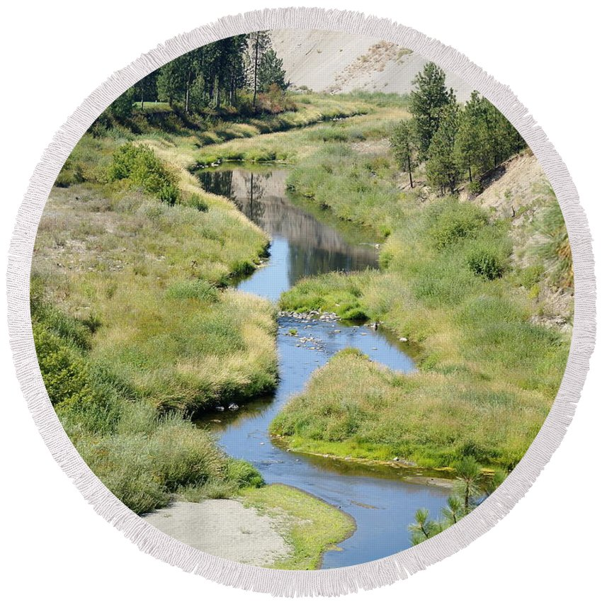 Nature Round Beach Towel featuring the photograph Latah Creek by Ben Upham III