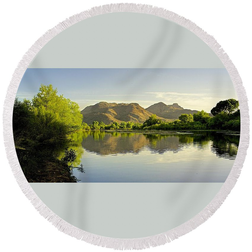 River Round Beach Towel featuring the photograph Late Afternoon At Rio Verde River by Barbara Zahno