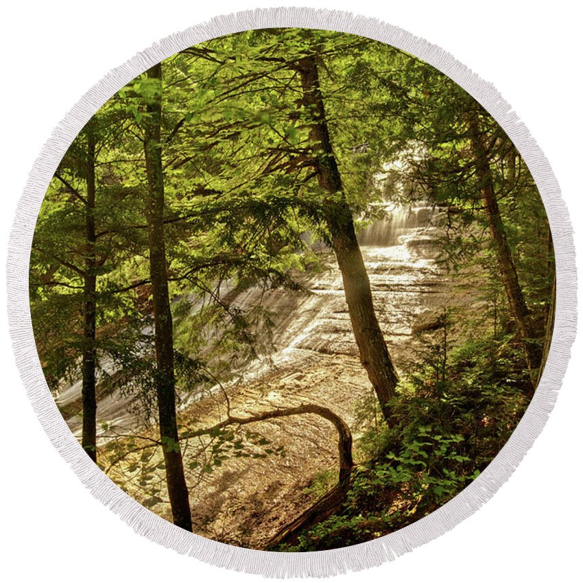 Laughing Whitefish Round Beach Towel featuring the photograph Laughing Whitefish Falls 2 by Michael Peychich