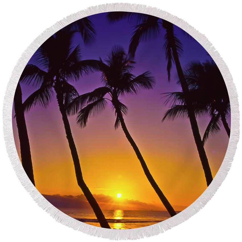 Sunset Round Beach Towel featuring the photograph Launiupoko Sunset by Jim Cazel