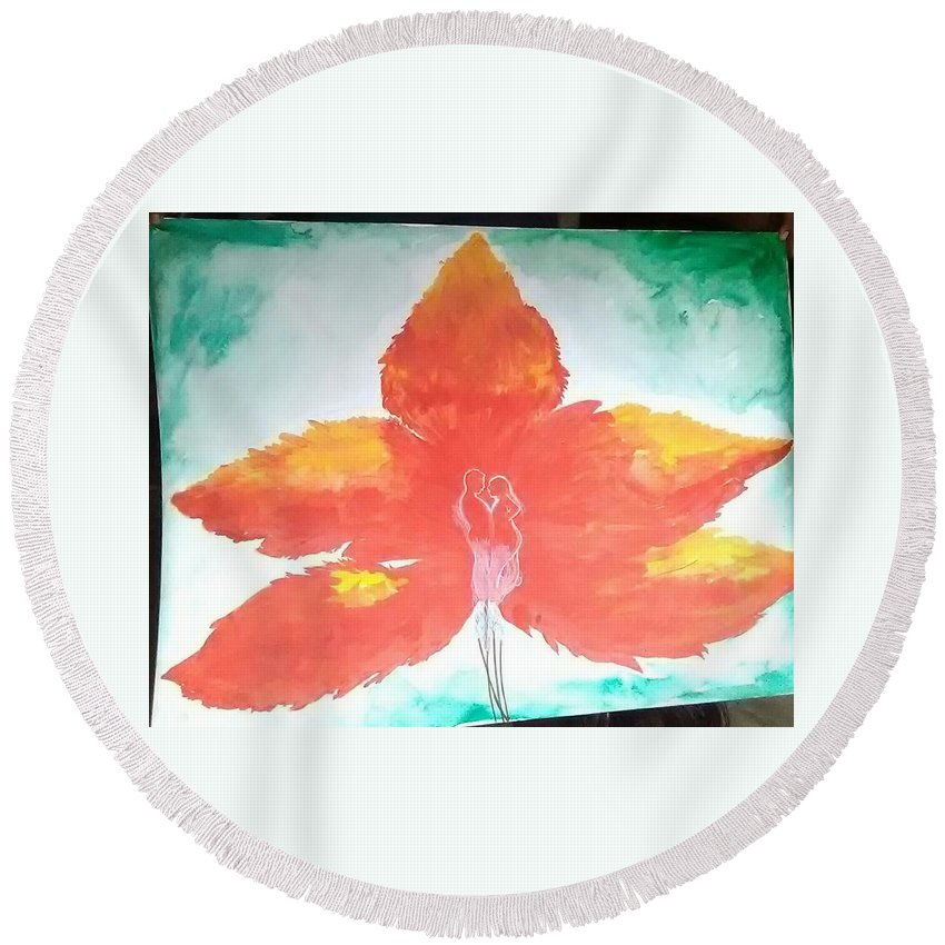 Round Beach Towel featuring the painting Leaf Love by Pritam Modak