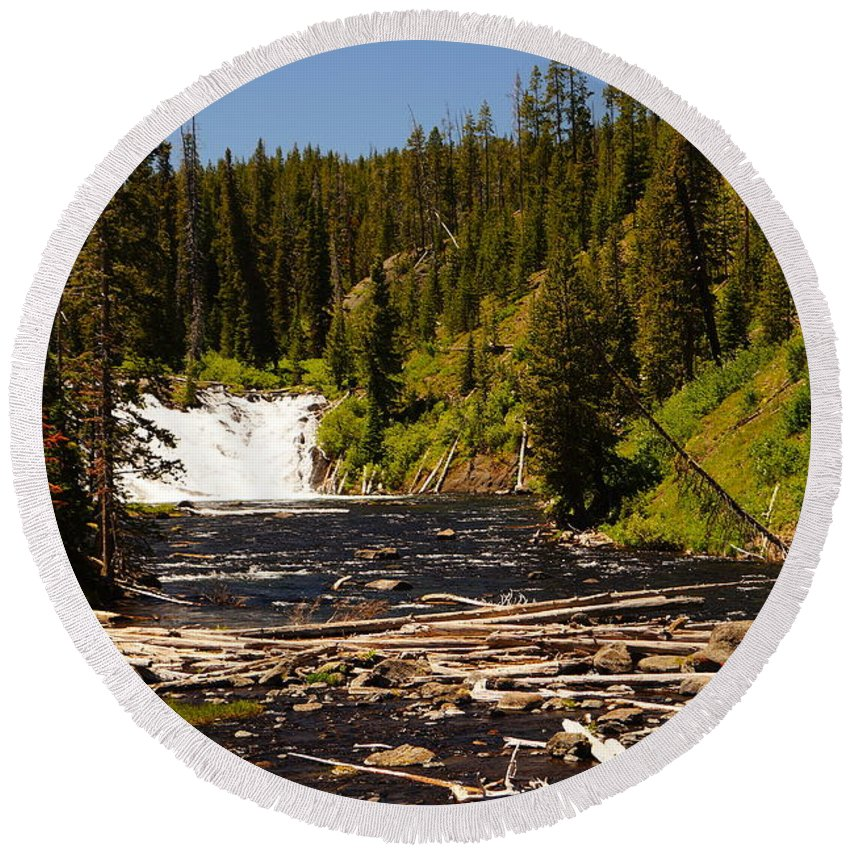Lewis Falls Round Beach Towel featuring the photograph Lewis Falls by Beth Collins