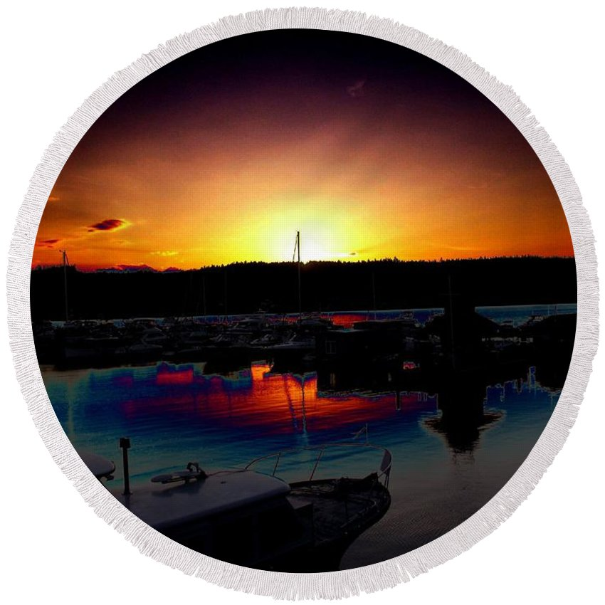 Sunset Round Beach Towel featuring the photograph Liberty Bay Sunset by Tim Allen