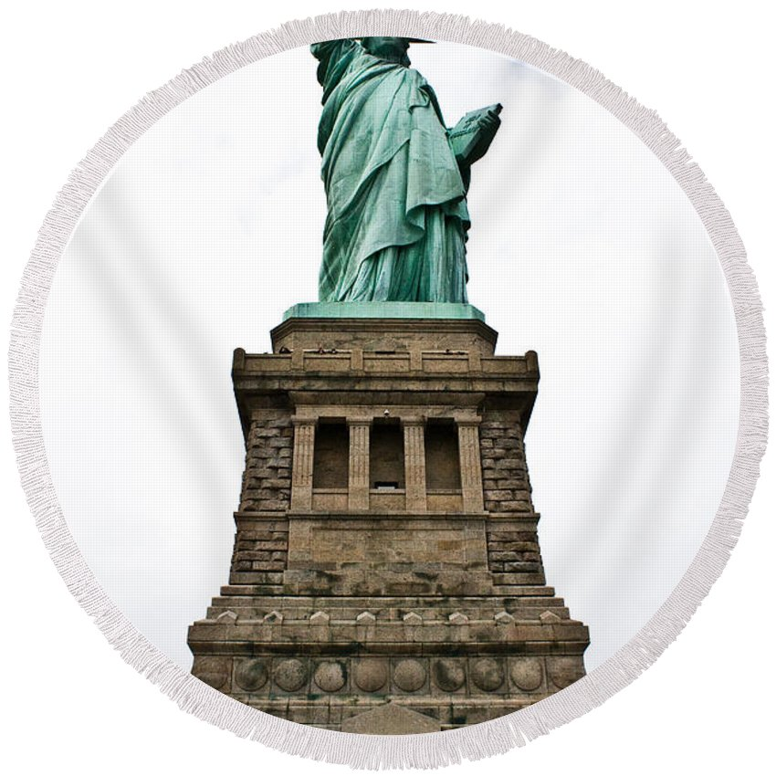 Nyc Round Beach Towel featuring the photograph Liberty Enlightening The World by Robert J Caputo