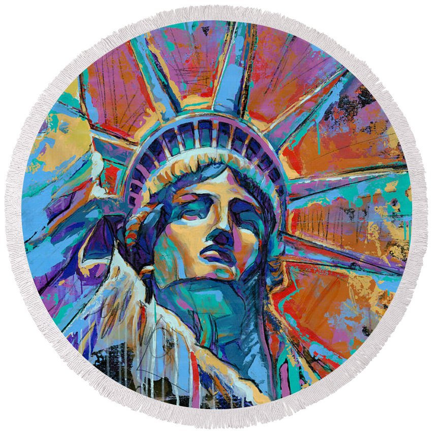 Statue Of Liberty Round Beach Towels