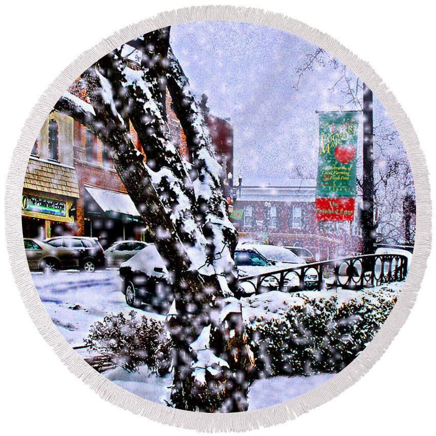 Landscape Round Beach Towel featuring the photograph Liberty Square In Winter by Steve Karol