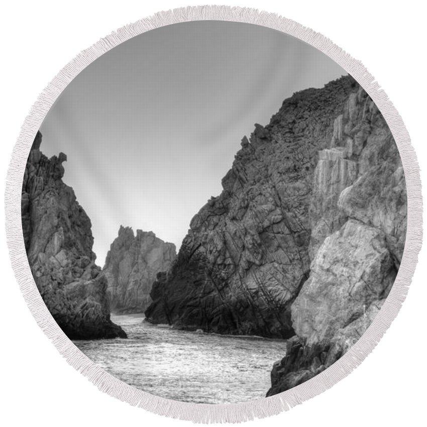 Rocks Round Beach Towel featuring the photograph Life On The Rocks by Bill Hamilton