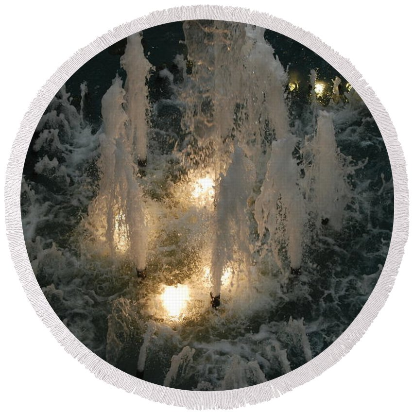 Lights Round Beach Towel featuring the photograph Lighted Fountain by Rob Hans