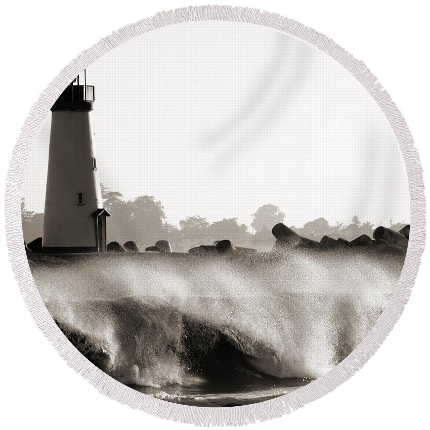 Lighthouse Round Beach Towel featuring the photograph Lighthouse 2 by Marilyn Hunt