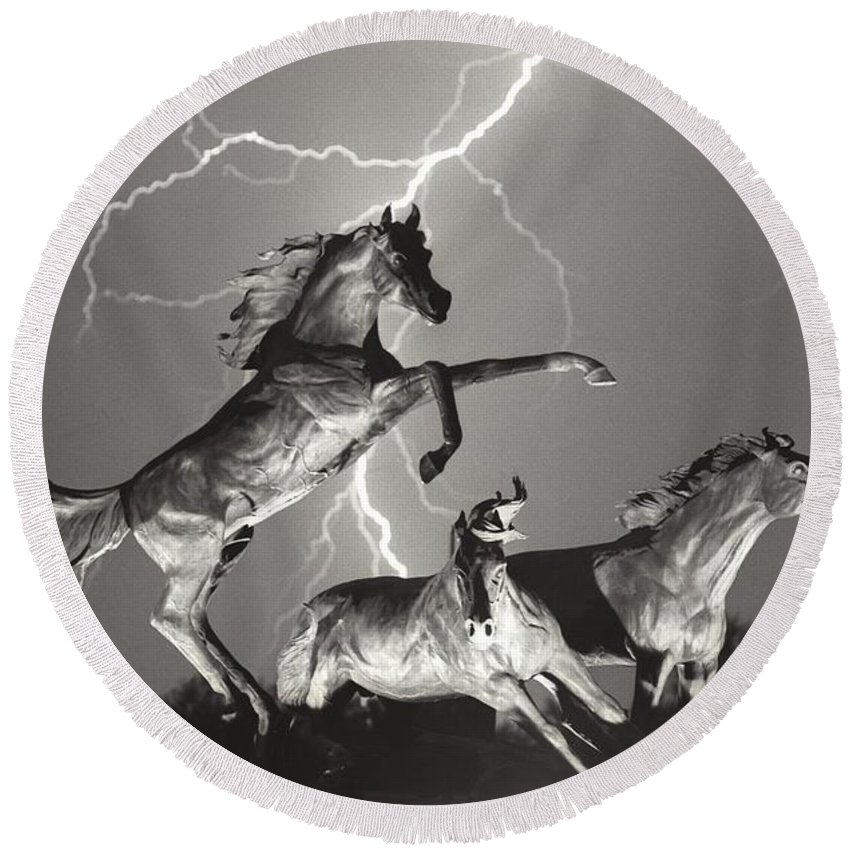 Horses Round Beach Towel featuring the photograph Lightning At Horse World by James BO Insogna