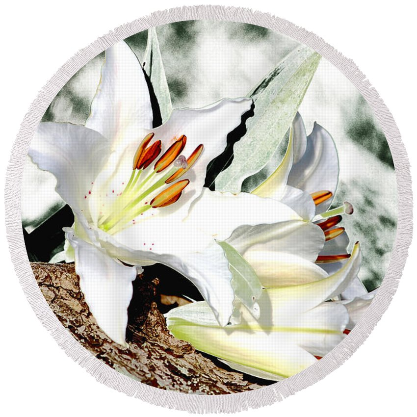 Lily Round Beach Towel featuring the mixed media Lily 4 by P Donovan