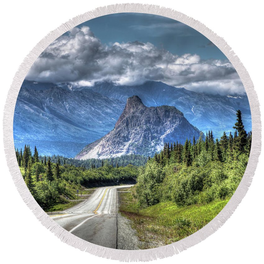 Mountain Round Beach Towel featuring the photograph Lion's Head Mountain by Carrie Olier