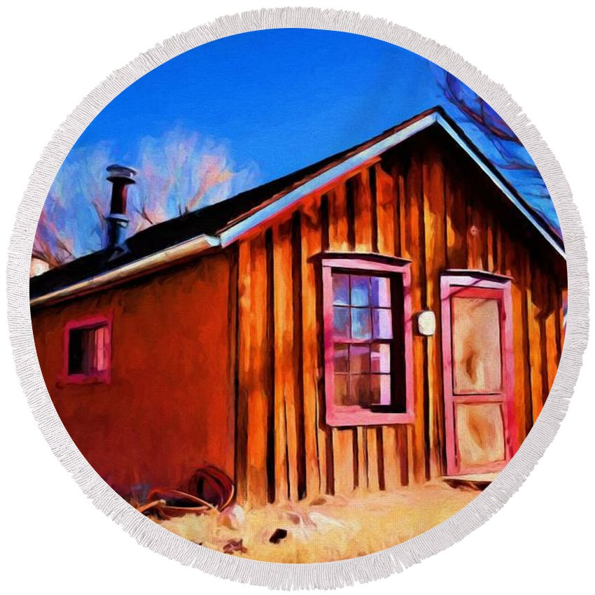 Little House Round Beach Towel featuring the painting Little House In Lincoln by Jim Buchanan
