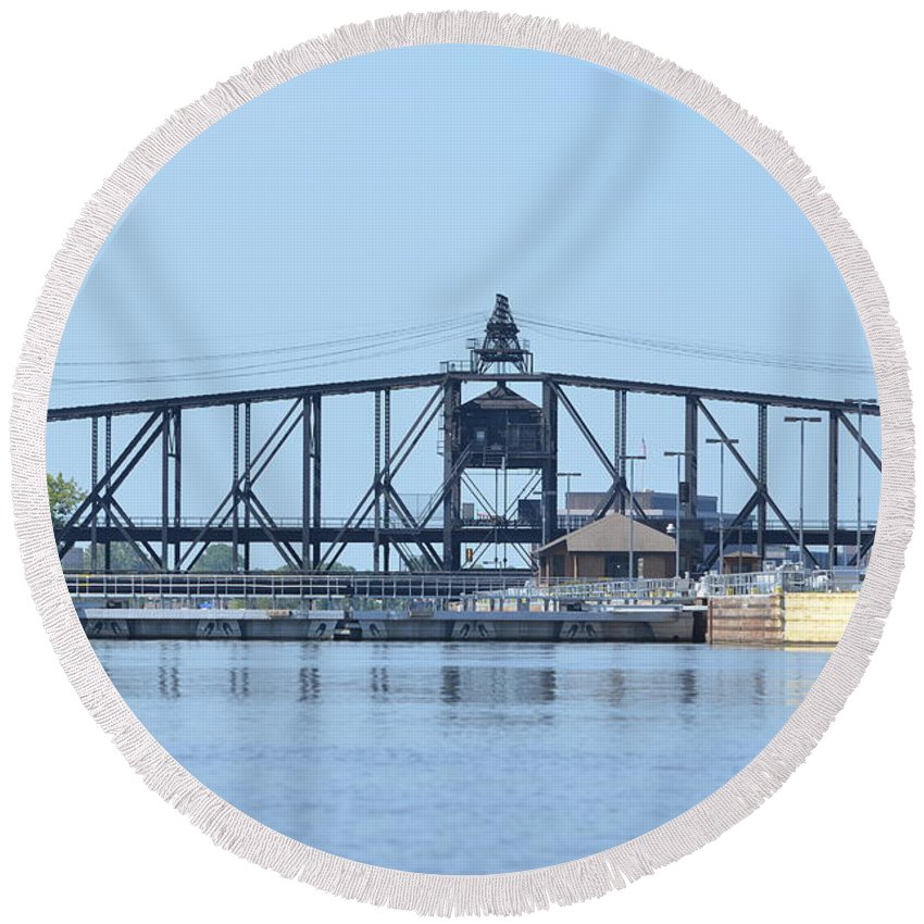 Lock And Dam No 15 Round Beach Towel featuring the photograph Lock And Dam No. 15 by Tammy Mutka