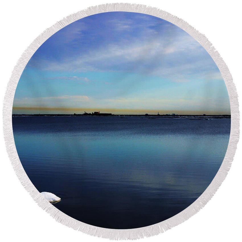 Landscape Round Beach Towel featuring the photograph Lone Ice by Anthony Jones