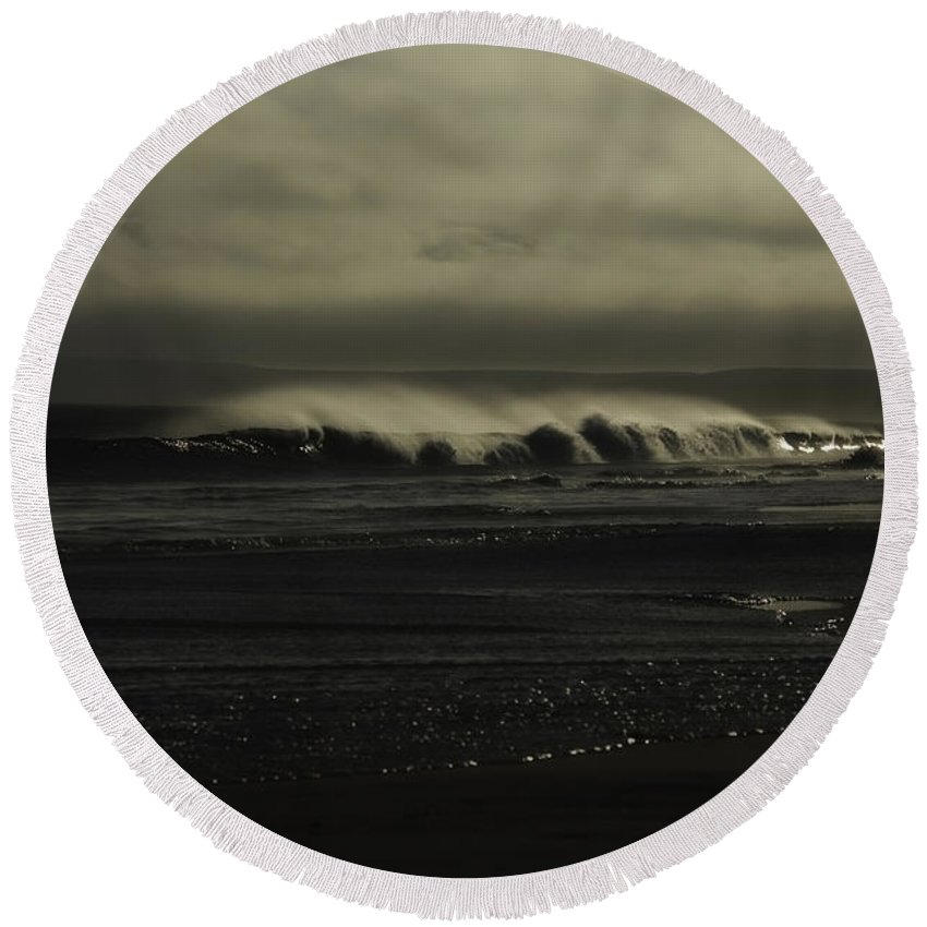 Ocean Round Beach Towel featuring the photograph Loneliness by Donna Blackhall
