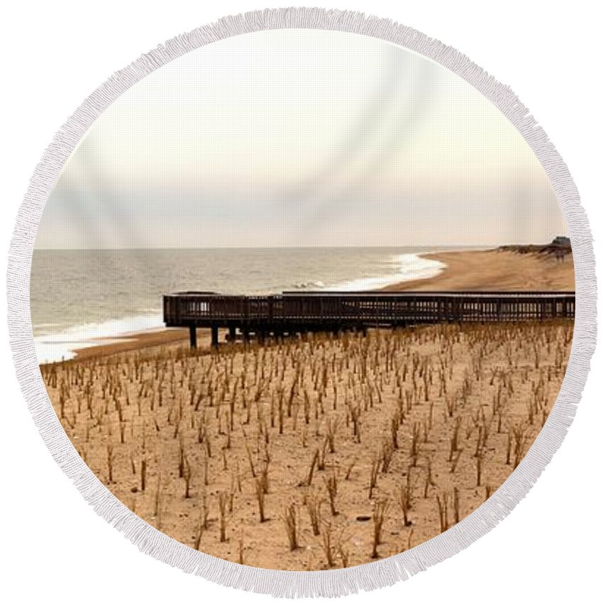 Panorama Round Beach Towel featuring the photograph Lonely Dune by Robert McCulloch