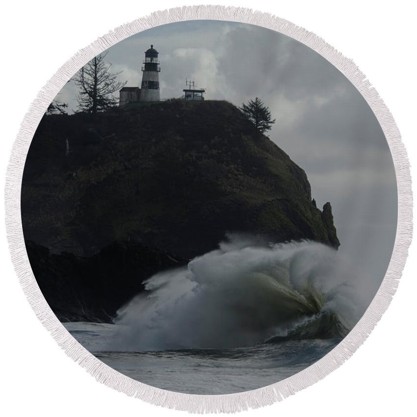 Cape Disappointment Round Beach Towel featuring the photograph Long Beach 2018 Dsc_3872 by Safe Haven Photography Northwest