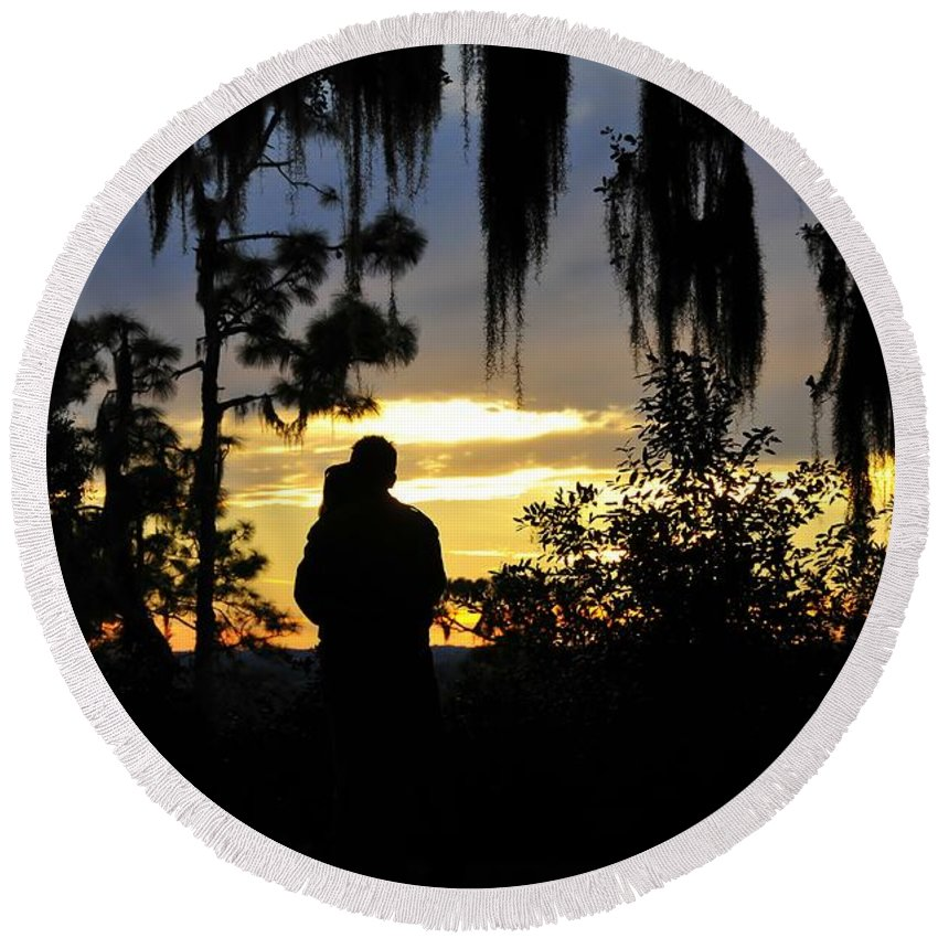 Landscape Round Beach Towel featuring the photograph Lover's At Sunset by David Lee Thompson