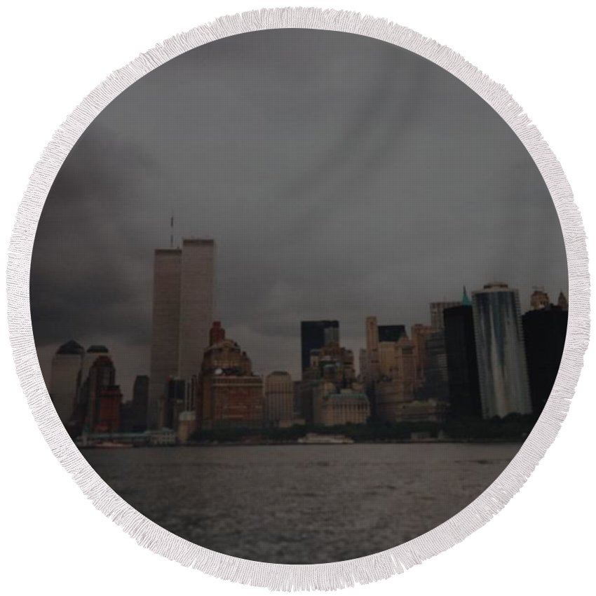 Wtc Round Beach Towel featuring the photograph Lower Manhattan by Rob Hans
