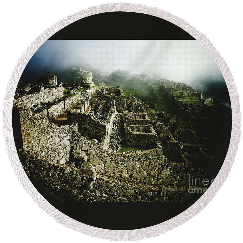 Machu Picchu Round Beach Towel featuring the photograph Machu Picchu In The Fog by Sonal Dave