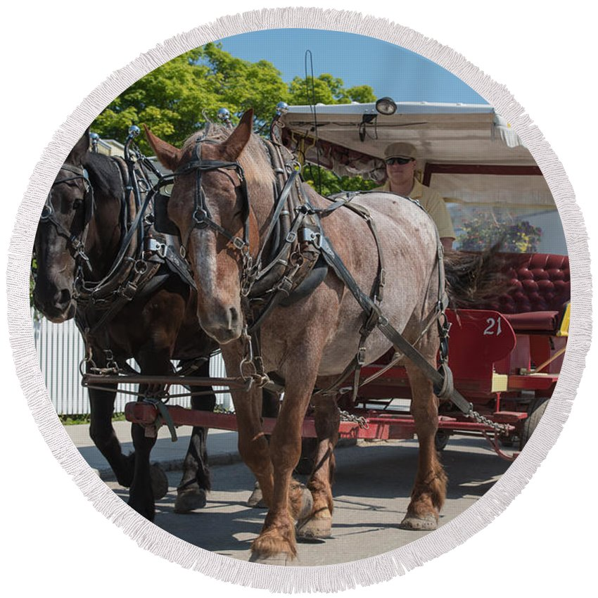 Mackinac Round Beach Towel featuring the photograph Mackinac Island Horse Carriage by Wesley Farnsworth